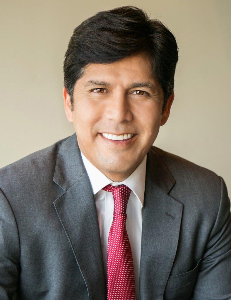 California Senator Kevin de León